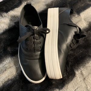 H&M Black Faux Leather Flatform Sneakers 8